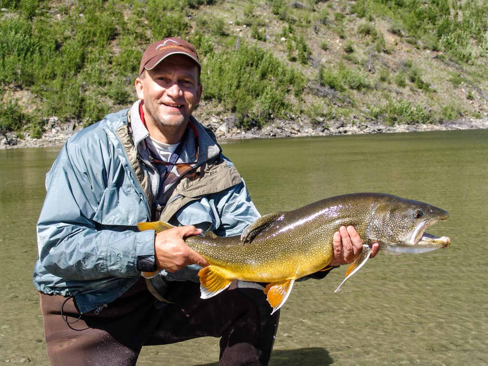 Kluane Lake - Trophy Fishing - Ruby Range Lodge   Ruby Range Adventure