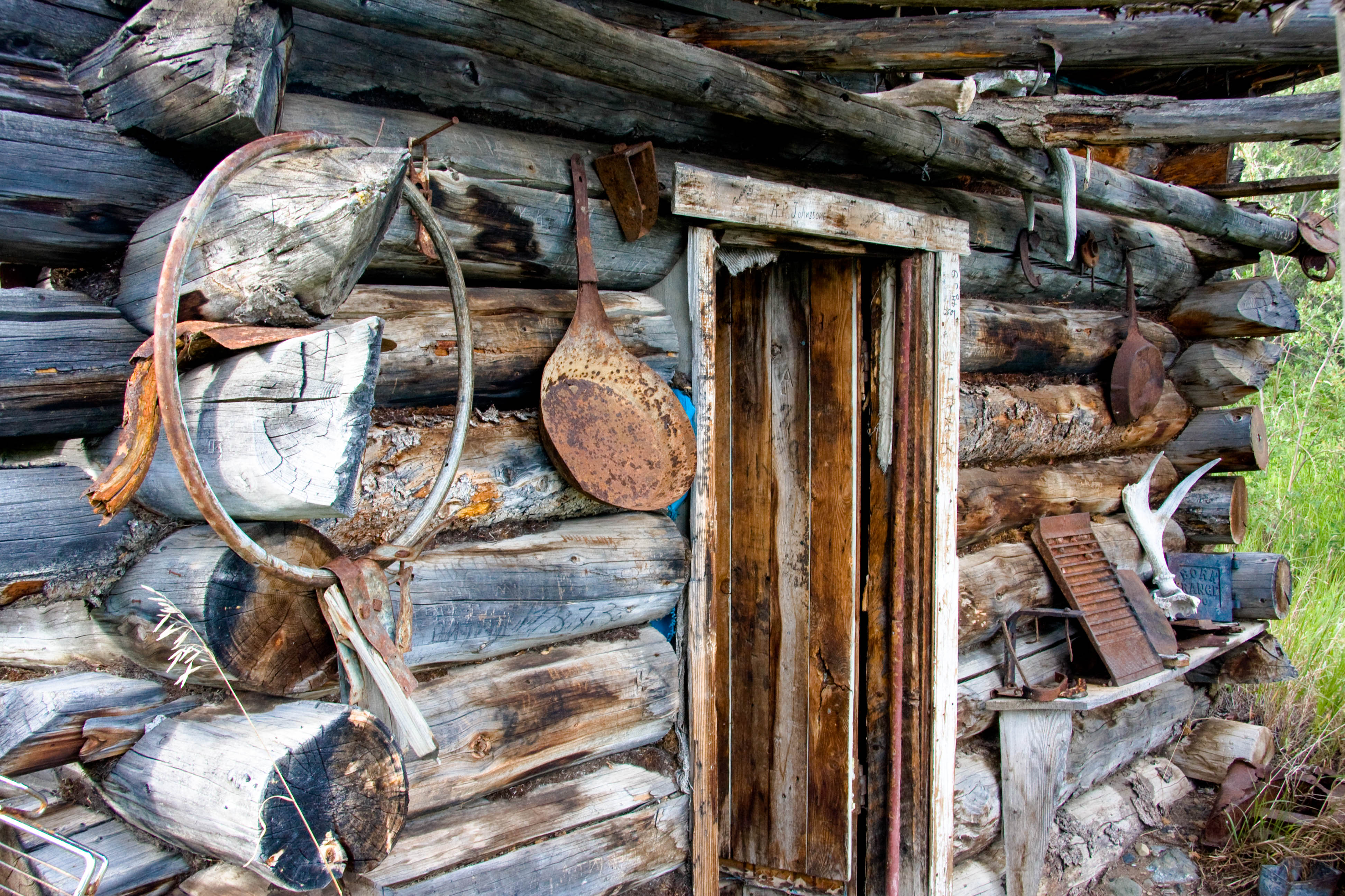 Spirit of the Yukon- Teslin River Canoe trip log cabin