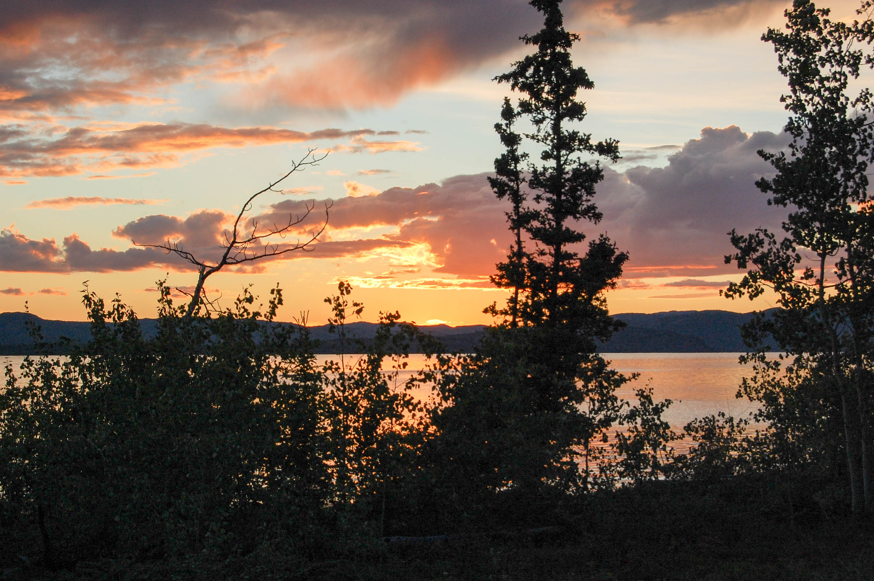 Yukon River – The Classic – Lake Laberge to Dawson City - Sunset at Lake Laberge