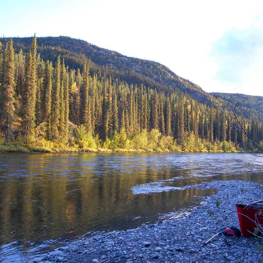 The Klondiker - Big Salmon River - stunning landscape
