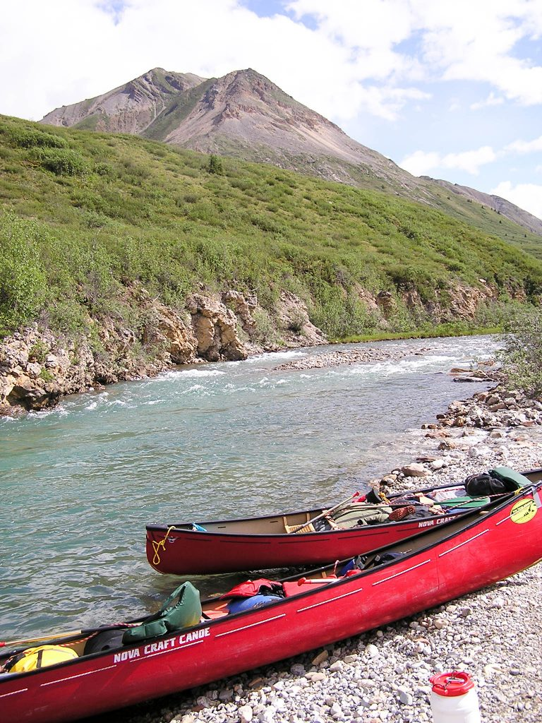The Yukon Explorer - Snake River - canoes